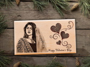 Happy Valentine's Day Personalized Engraved Plaque Gift for Girls (7×4 in, Wood)